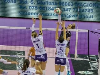 Silvia Lotti in attacco