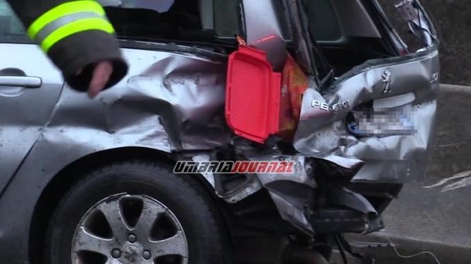 Muore una donna, tragico incidente su E45 all'altezza di Ponte Valleceppi FOTO E VIDEO