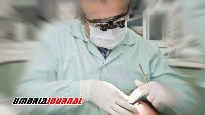Falsi dentisti denunciati dalla polizia di stato a Terni