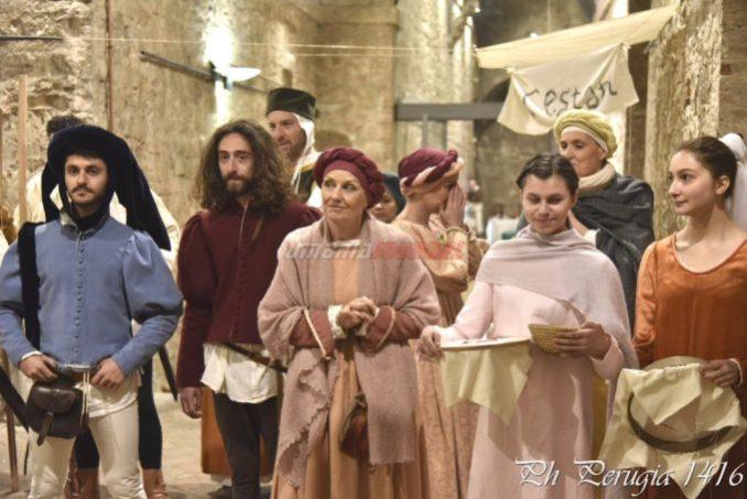 Scene di vita medioevale Porta Sant'Angelo Perugia 1416 (9)