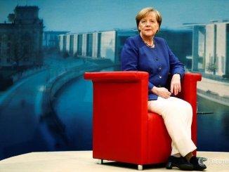 Cancelliera Angela Merkel ad Assisi per lampada della pace