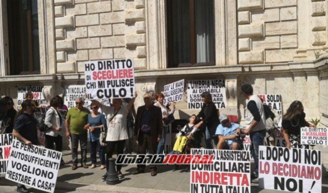 protestaa-associazioni-disabili (6)