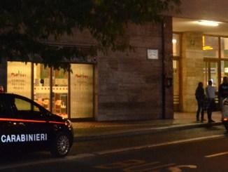 Terni, ladro bloccato dalla rete di carabinieri e polizia, arrestato