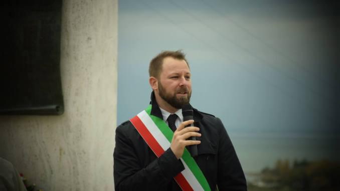 Manifesti Pro-vita, sindaco di Magione, Chiodini, replica a Sergio De Vincenzi