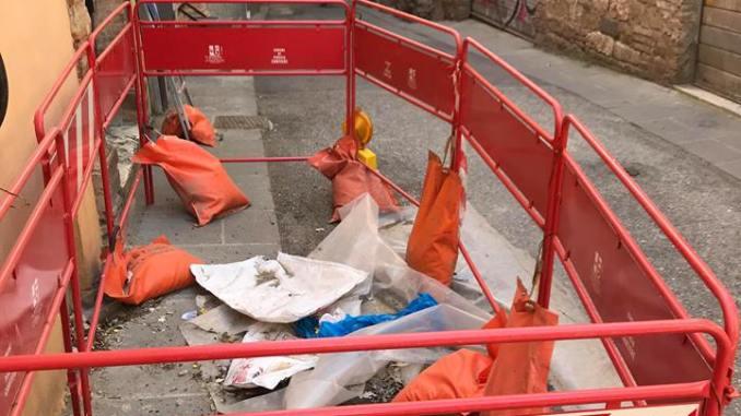 Sistemazione della pericolosa voragine in via Imbriani, quando?