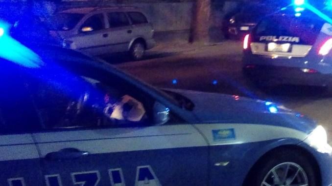 Picchia e rapina, ferisce, attacca poliziotti, arrestato, è un escort brasiliano