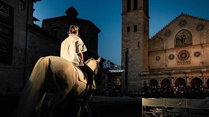 """Spoleto61, con """"Jeanne d'Arc au Bûcher"""" si conclude la sessantunesima edizione"""