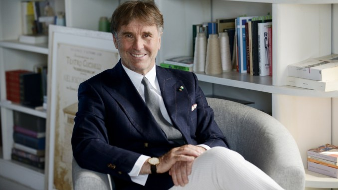 Gq Uk premia l'eleganza di Brunello Cucinelli, terzo in classifica