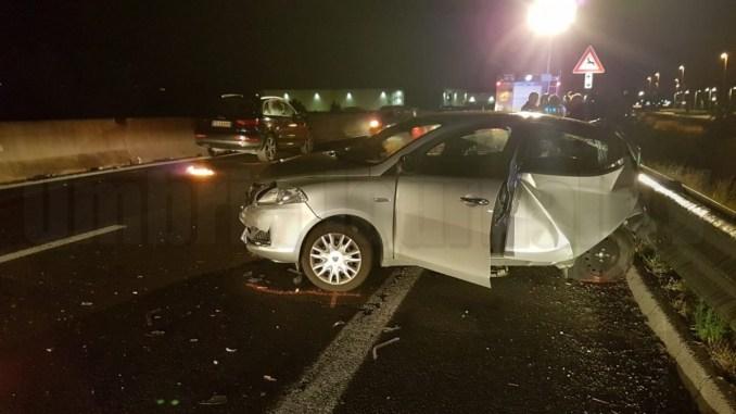 Incidente stradale a Ospedalicchio, carambola di auto, cinque persone ferite