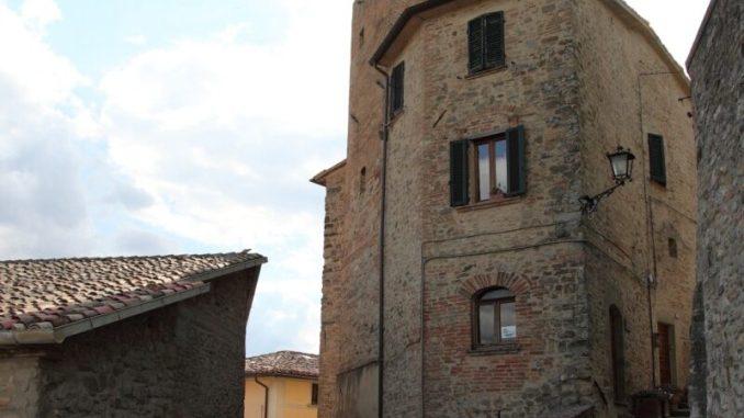 """18 e 21 luglio a Montone """"La Battitura"""" e la """"Corsa di Braccio"""". Tra sport e tradizioni che si rinnovano, continua il calendario degli eventi"""