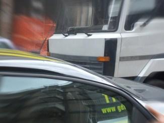 Operazione Trasporti facili, arrestati tre imprenditori, disposto il sequestro di beni e denaro
