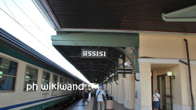 Marcia della Pace, Trenitalia, treni speciali, due i convogli, 800 posti a sedere in più