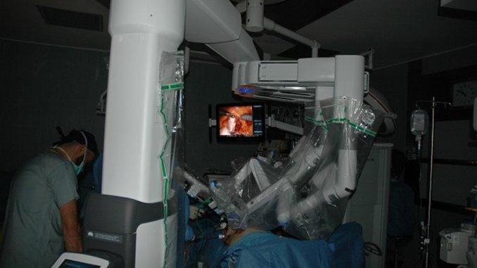 Obesità, la chirurgia si completa con la tecnica robotica