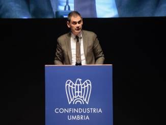 Confindustria, riconfermato Alunni, ai politici le priorità del prossimo governo