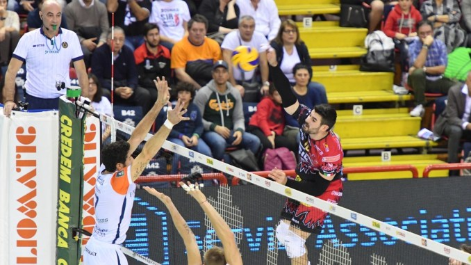 Volley, Sir Safety, Perugia batte Siena e resta in vetta