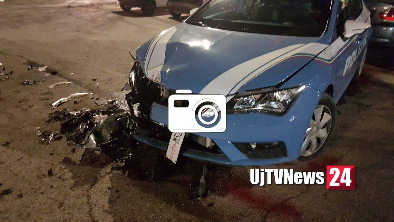 Audi sperona auto polizia, caccia alla banda [LE FOTO E VIDEO]
