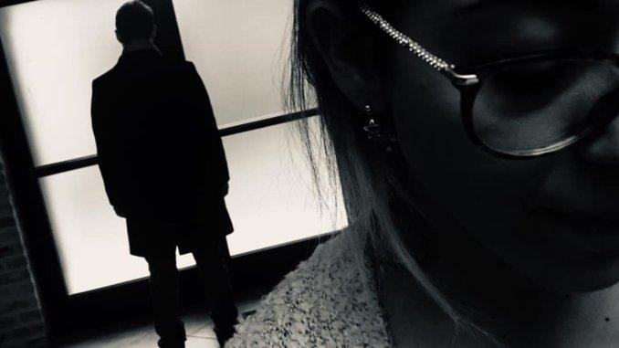 Perseguita moglie e suoceri, li minaccia di morte, adesso è in carcere a Capanne