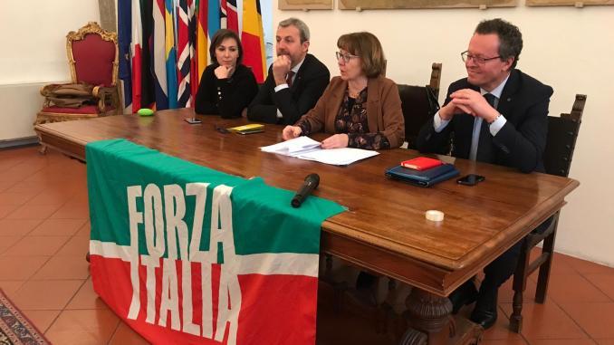 Venticinque anni di Forza Italia, gilet blu a Perugia e punto sull'attività dei parlamentari