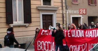 Manifestazione studentesca comunista