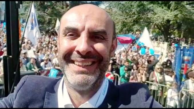 50mila persone in piazza per difendere la famiglia, Simone Pillon entusiasta