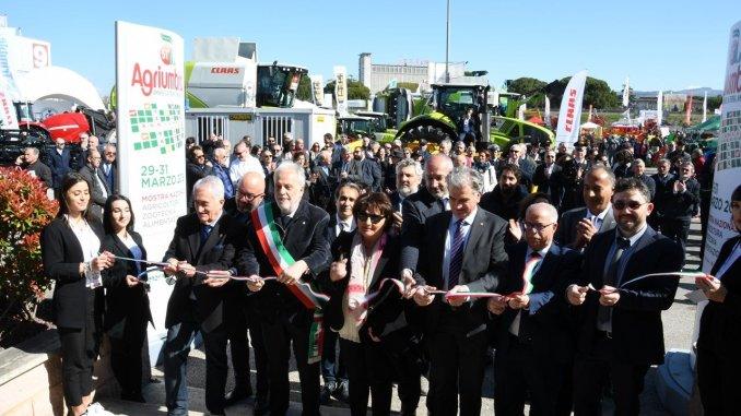 """Cecchini: """"Grande opportunità per confrontarsi ed innovare"""", inaugurata Agriumbria"""