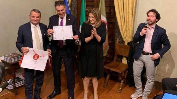 Gino Sirci e la sua Sir Safety Conad volley ambasciatori dello sport