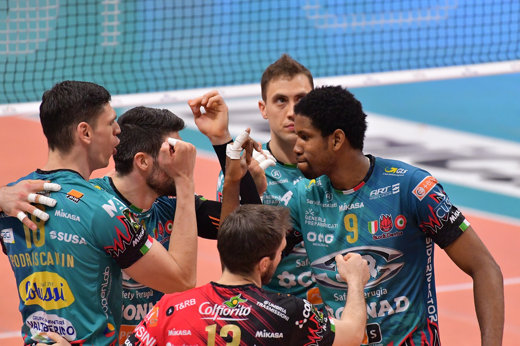 Volley, Sir Safety Conad Perugia, sconfitta indolore con Milano