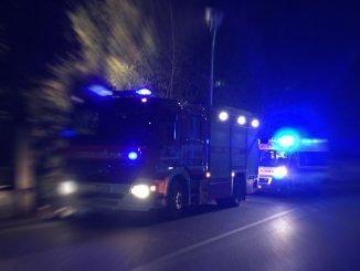 Incidente su A1, si schianta contro un tir, muore 67enne