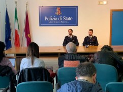 conferenza-questura-prostituzione (2)