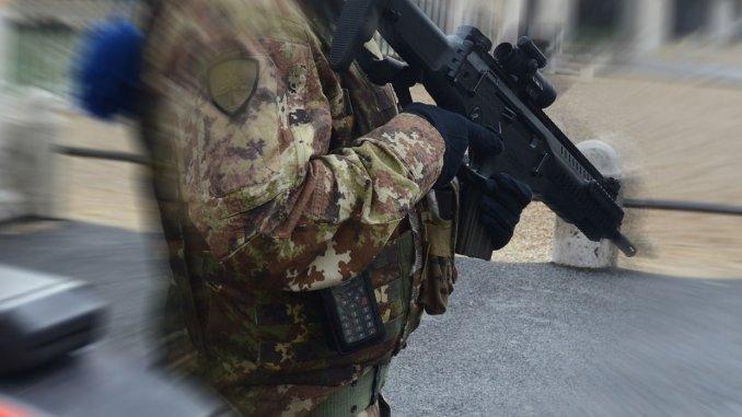Morte per overdose a Perugia, Francesca Tizi, M5s, esercito nelle strade