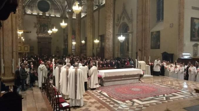 Perugia, celebrata la Santa Messa della Veglia di Pasqua