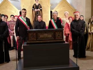 Perugia 1416, consegnate a Montone le spoglie di Braccio