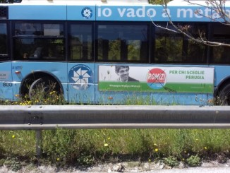 Propaganda elettorale Romizi su autobus, Carmine Camicia fa esposto al Prefetto