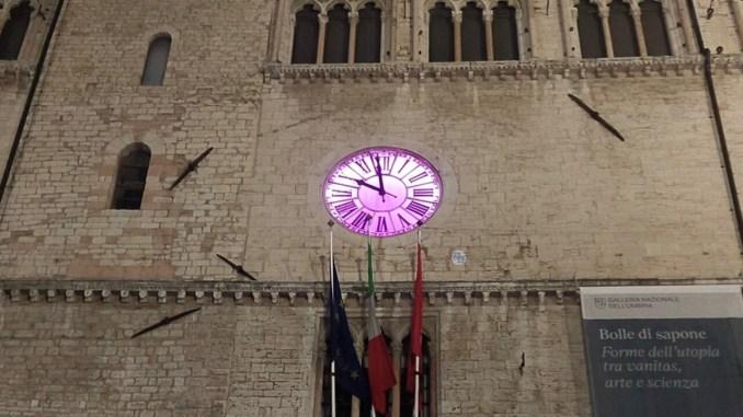 Palazzo dei Priori 4 e 5 maggio si tinge di rosa lotta ai tumori femminili