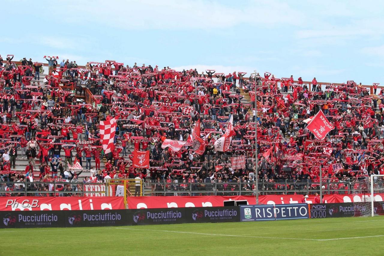 Calcio, Serie B, Benevento batte Perugia 1-0, gol di Armenteros