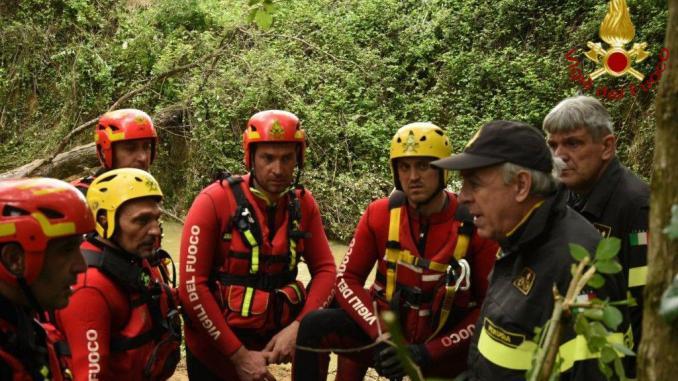 Due ragazzi in difficoltà alla Cascata del Moro ad Assisi, salvati
