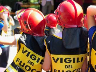 205 pompieri al Chianelli, Pompieropoli, bimbi vigili del fuoco per un giorno