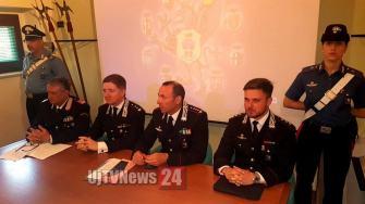conferenza-carabinieri-arresti (5)