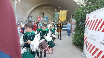 dame-perugia-1416-minimetro (4)