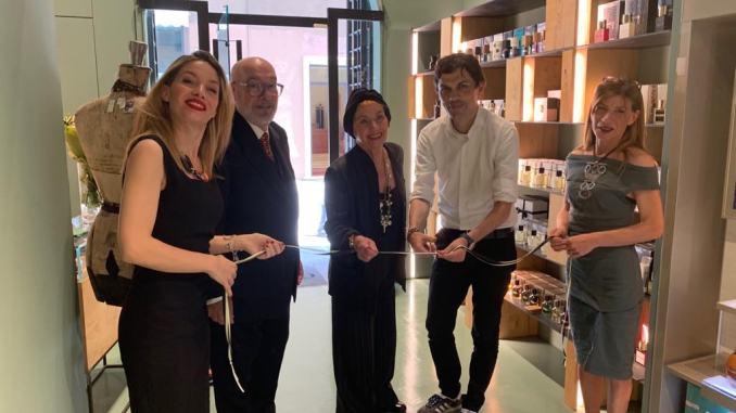 """Inaugurata Grazia Galleria Olfattiva a Perugia, in via del """"Lusso"""", c'erail sindaco Andrea Romizi"""
