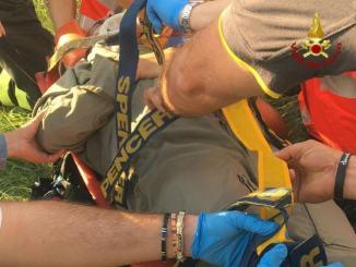 Cade parapendio a Castelluccio di Norcia, pilota in ospedale a Terni