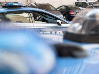 Migranti nascosti in un camion scoperti sulla E45 dalla Polizia di Stato