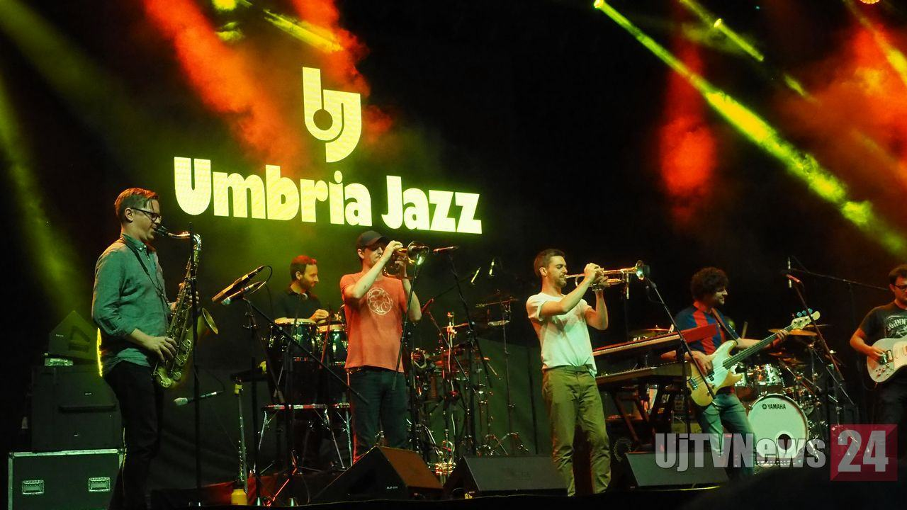 Snarky Puppy una college band all'Arena di Umbria Jazz | Foto e video
