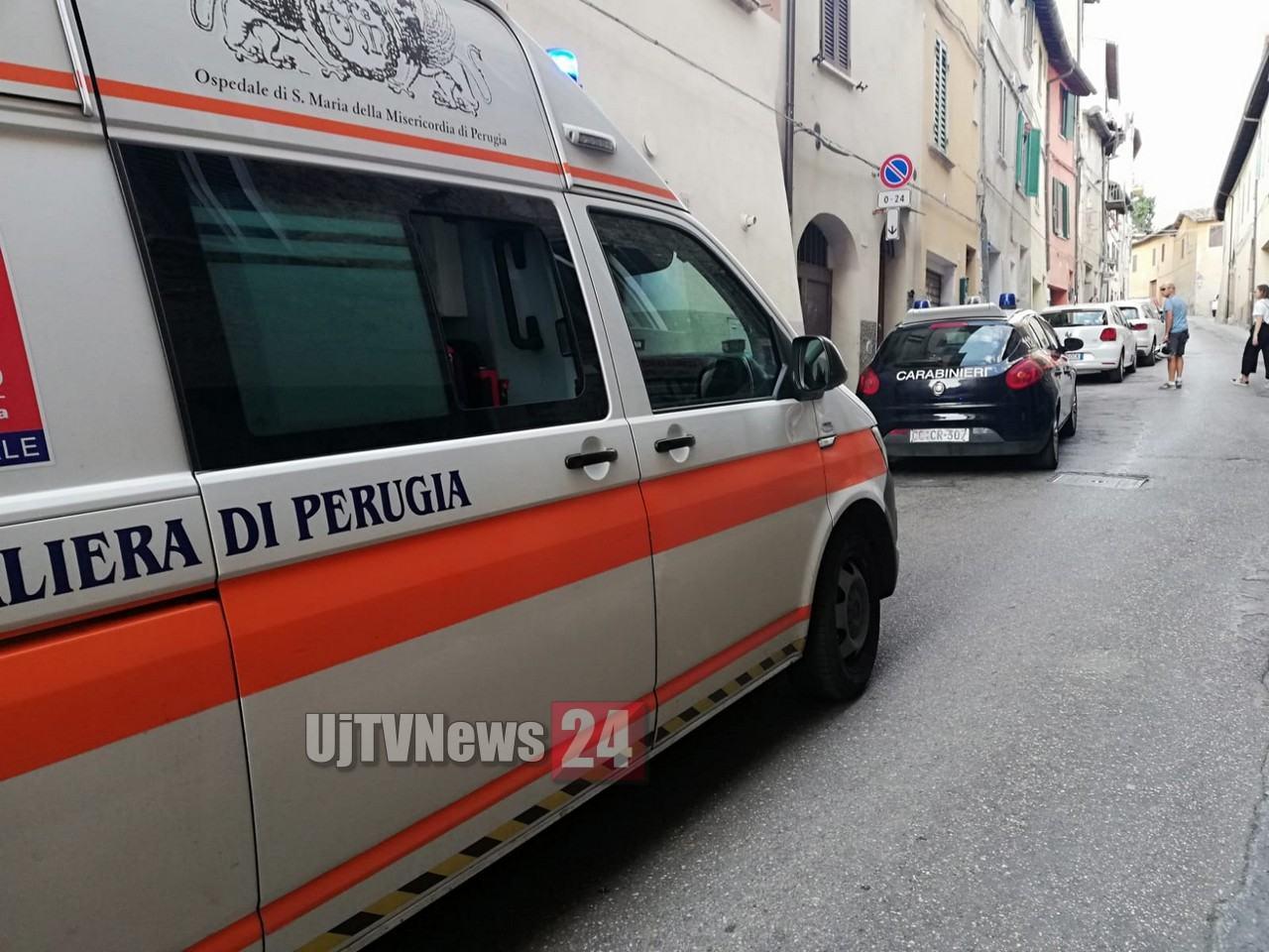 Panico in Corso Bersaglieri, straniero aggredisce compagna e le sue amiche