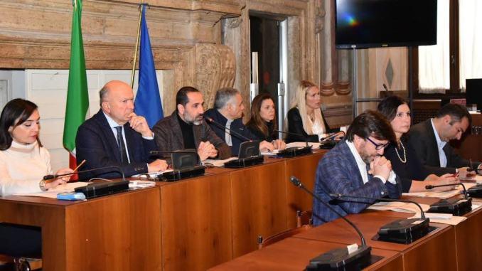 Terremoto in Giunta a Terni, via due assessori, pronti tre nomi