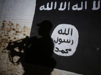 Terrorismo, si schiera con l'Isis, espulso straniero di 32 anni