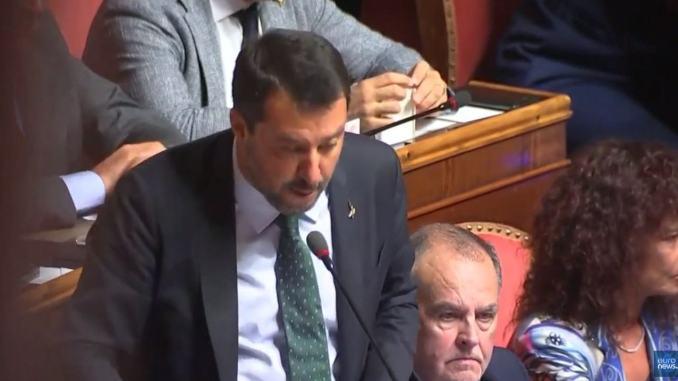 La mossa di Matteo Salvini, nello staccare la spina, ha spiazzato tutti