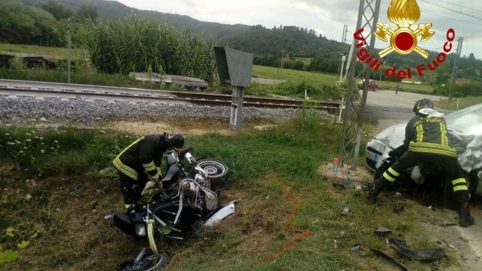 Auto contro moto a Verna di Umbertide motociclista in ospedale
