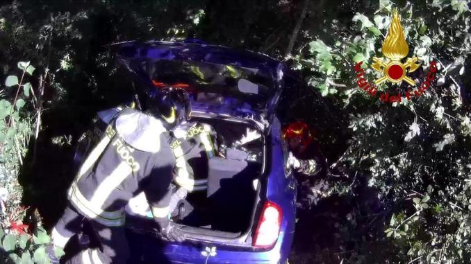 Incidente mortale a Città di Castello, malore mentre guida, muore postino