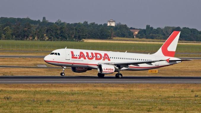 Aeroporto Umbria, Milano, Rotterdam volo anche per Vienna, biglietti pronti